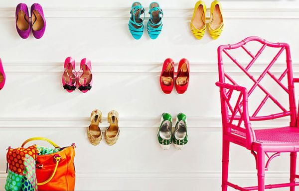 A_place_store_shoes_01