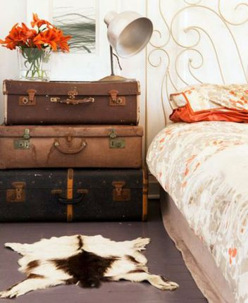 Bedside_tables_interior_10