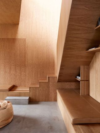 interior_wooden_house_10
