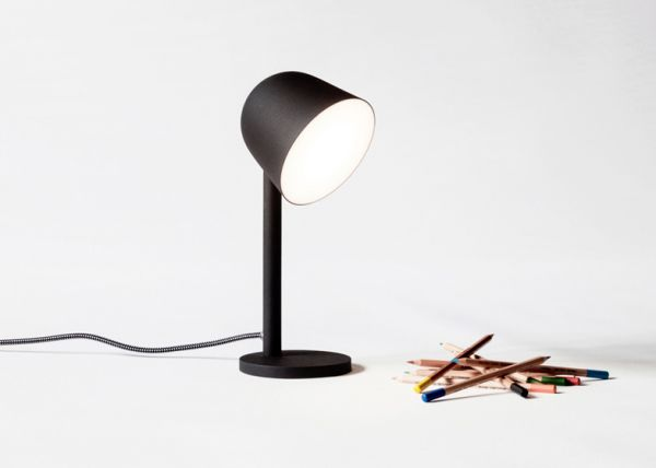 Table_lamp_01