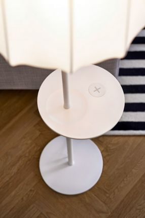 White_table_lamp_05