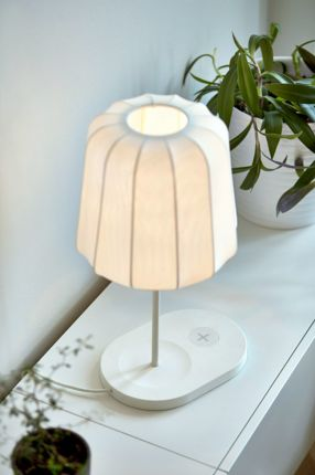 White_table_lamp_04