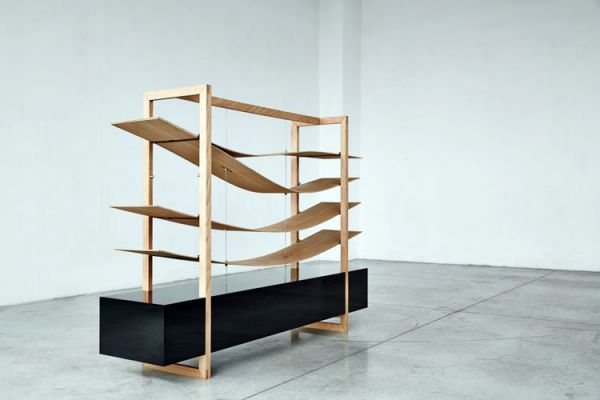 Wooden_bookcase_02