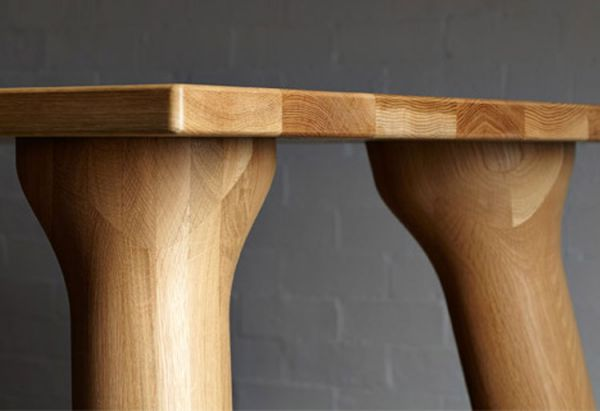 Wooden_dining_table_03